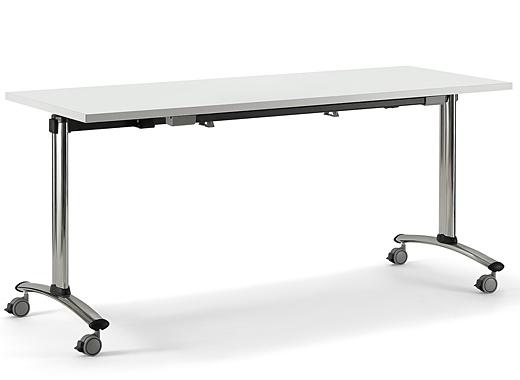 Банкетный стол на колесиках