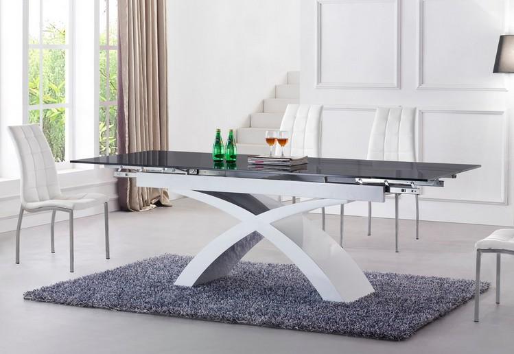 Раскладные столы в гостиную, обзор моделей