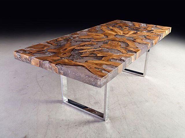 стол с полиэфирки