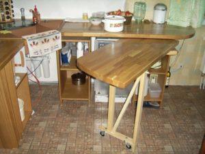 Идея выдвижного стола