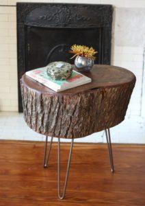 Как сделать журнальный столик из необработанного куска дерева