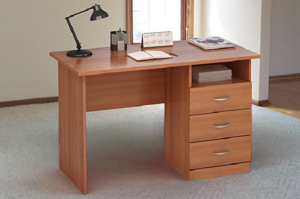 Классический письменный стол