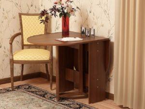 Компактный стол тумба