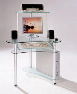 Компьютерный стол из стекла