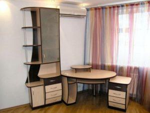 Компьютерный стол угловой со шкафом и тумбой