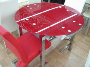 Красный раскладной стол для кухни