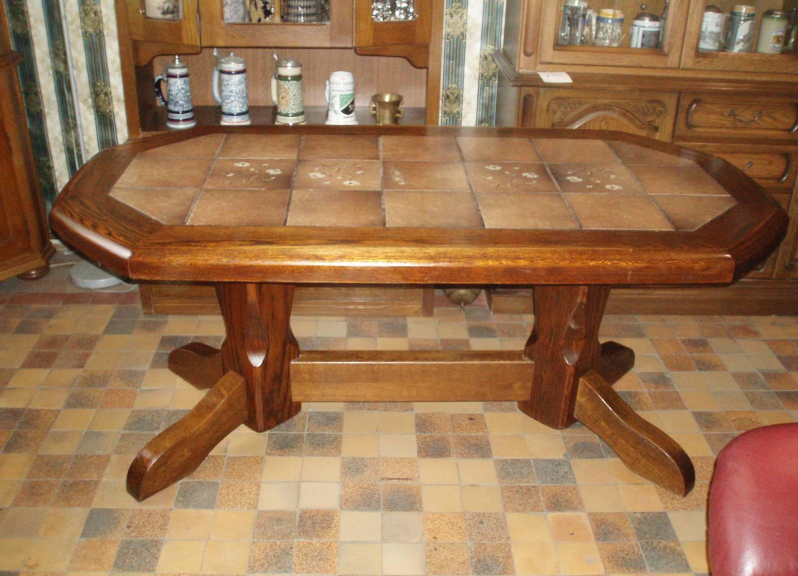 Кухонный стол со своими руками 21