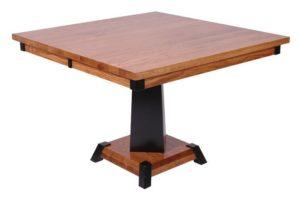 Квадратный кухонный стол