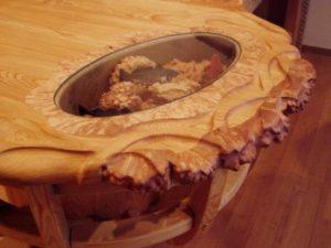 Мебель и фурнитура из необработанного дерева