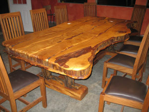 Мебель из дерева хендмейд