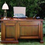 Правила выбора письменного стола из массива дерева