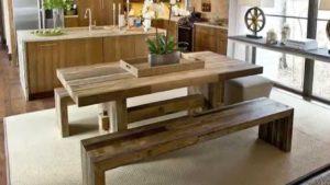 Обеденные деревянные столы