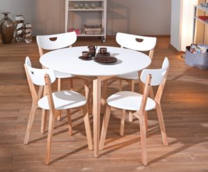Обеденный белый стол
