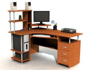Одной из наиболее удобных форм компьютерного стола для школьников является угловая форма