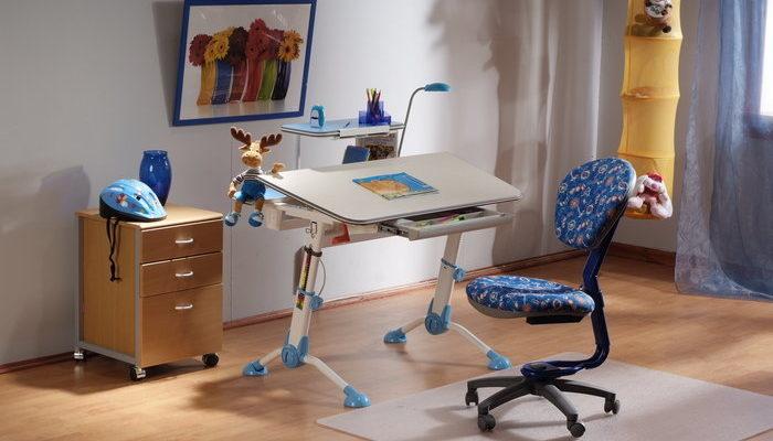 Ортопедический стол для школьника