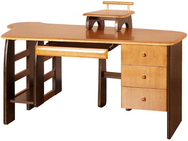 Письменный стол из массива дерева светлого