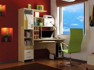 Письменный стол в интерьре