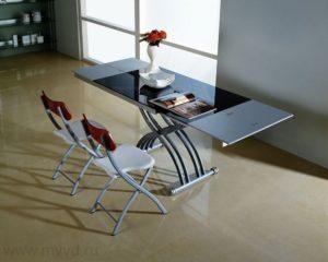 Раскладной стол с металлическими ножками