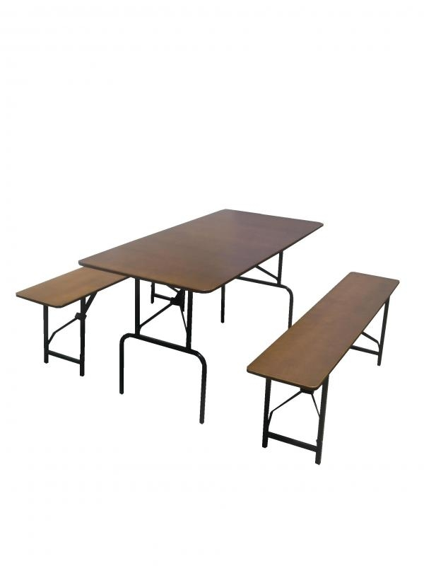 Складной стол со скамьями для кейтеринга
