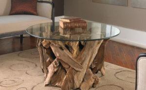 Сочетание необработанного дерева и стекла