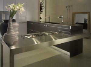 Стальная кухонная столешница