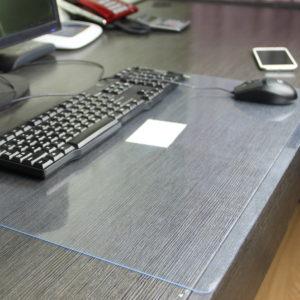 Стекло для небольшого участка стола
