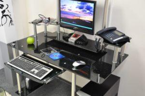Стеклянный компьютерный стол стекло чёрное с блёстками