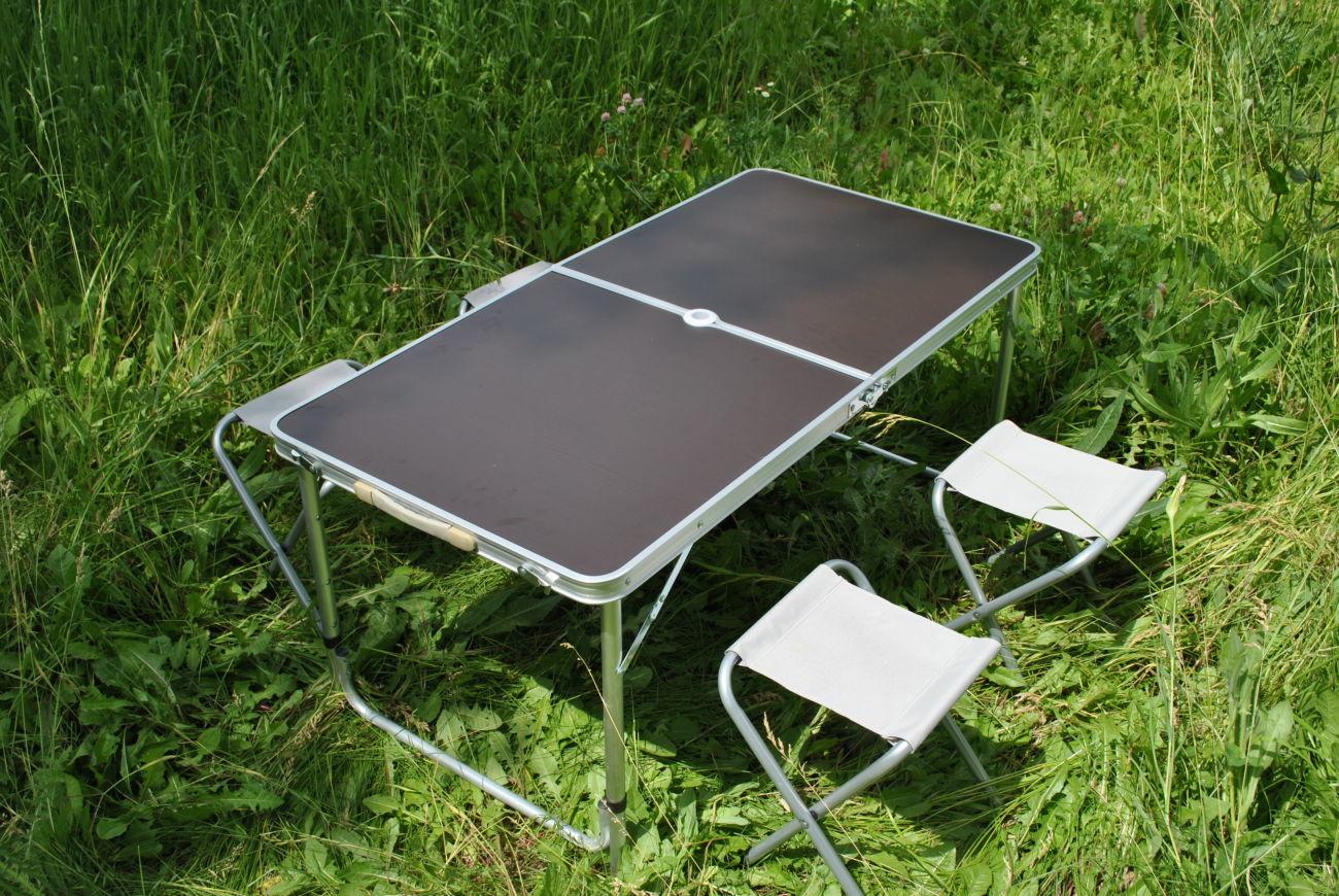 Стол и 4 стула для пикника