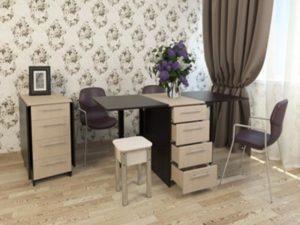Стол книга в минималистичном оформлении гостевой