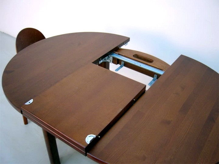 Стол с дополнительной вставкой