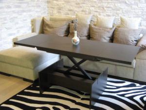 Столы трансформеры для гостиной - журнальные и обеденные