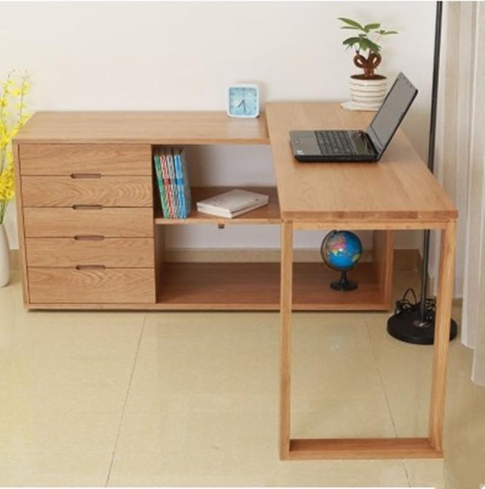 Удобный стол из цельного дерева