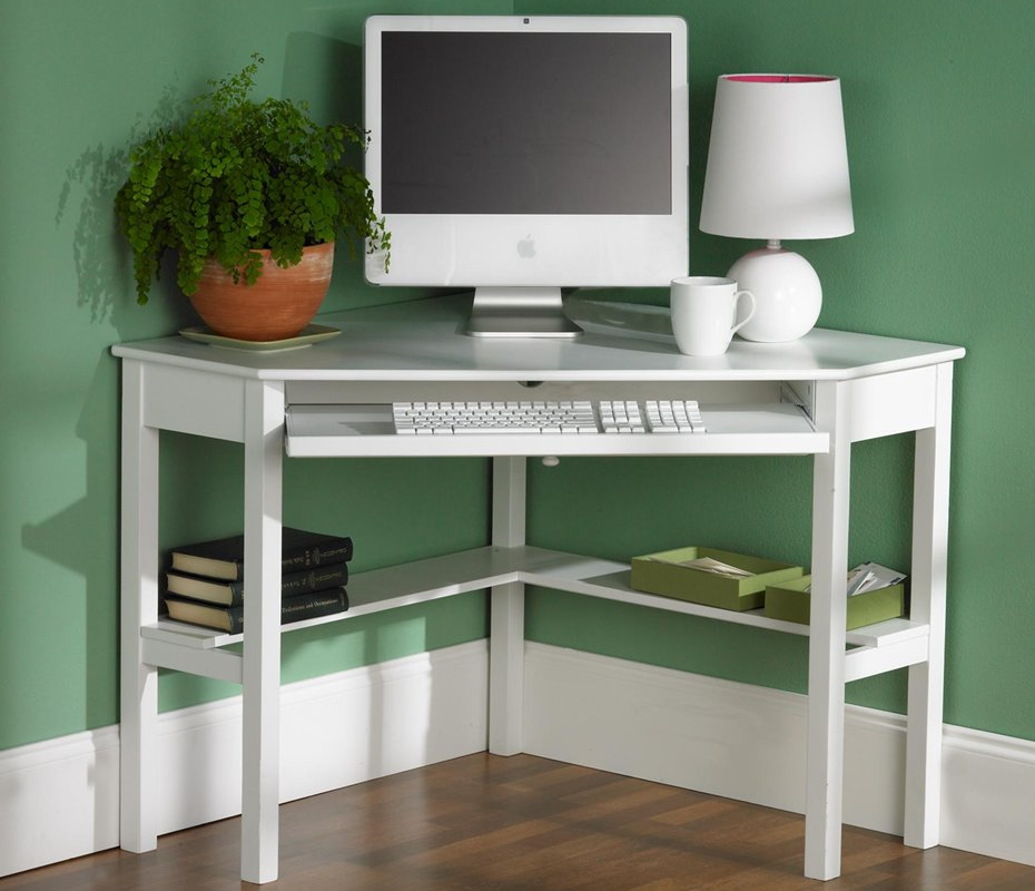 Угловой белый стол