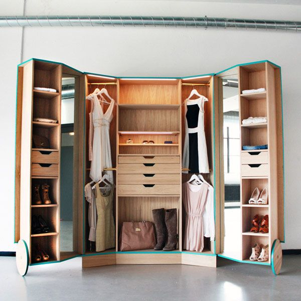 Примеры оформления комнаты встроенной мебелью