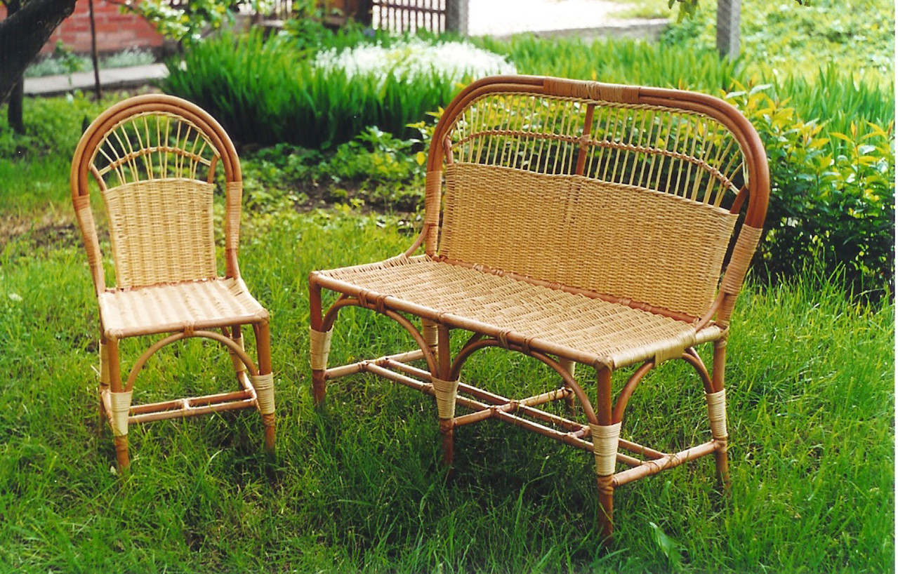 Как выбрать мебель для сада: виды, материалы
