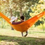 Гамак в саду: как выбирать