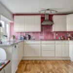 Белая кухня винтерьере— 35 фото сидеями красивого дизайна