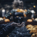 Украшения на Хэллоуин своими руками или  как сделать украшения на Хэллоуин
