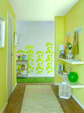 Зеленая прихожая — свежее решение с позитивным настроением