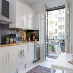 Интерьер кухни сбалконом: идеи дизайна на62 фото