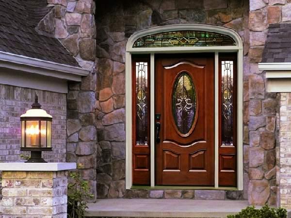 Входные деревянные двери: описание вариантов ирекомендации повыбору модели
