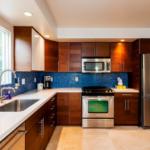 Дизайн интерьера современной кухни: практичность икрасота на40 фото