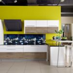 Кухня вквартире студии: лучшие идеи пообустройству спримерами