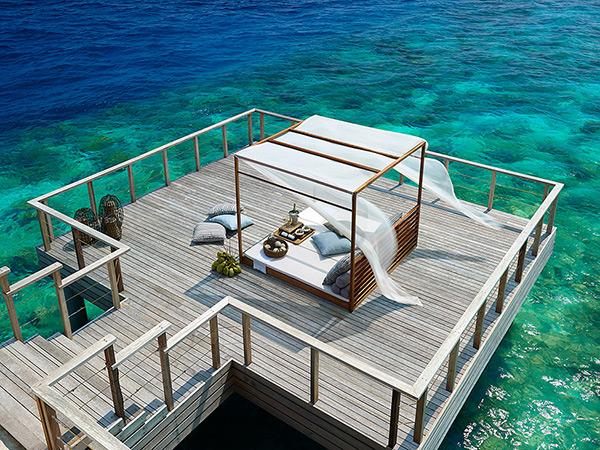 Беспрецедентная роскошь отеля Dusit Thani Maldives