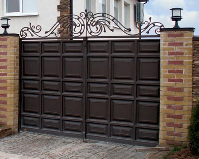Как выбрать ворота для частного дома или дача