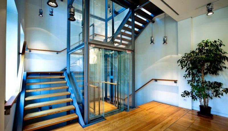 Как правильно выбрать практичный и удобный лифт для дома