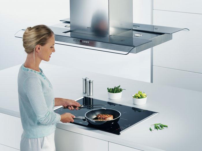 10 ошибок при подключении кухонной вытяжки к электричеству и вентиляции