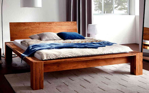 Основные виды кроватей из массива дерева